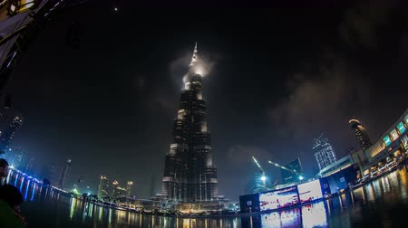 эмираты : time lapse photography, Ultra HD, UHD 4K famous place Burj Khalifa Tower in Dubai, United Arab Emirates UAE, Photo Sequence shot in RAW,