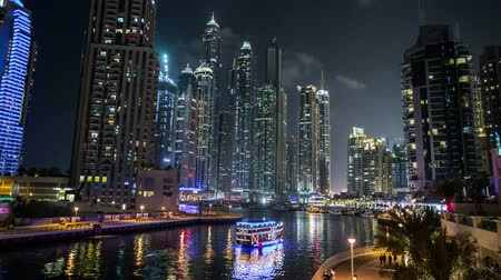 эмираты : Ultra HD, 4K, famous place River Walk And Dubai Marina with skyscraper United Arab Emirates UAE, time lapse photography, Photo Sequence shot in RAW
