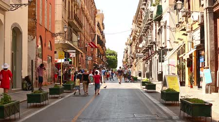 Сицилия : Time Lapse Tourist Visiting Street of Palermo at Sicily Italy