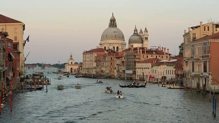 atracação : Traffic on the Grand Canal Canale Grande with Santa Maria della Salute at Venice Veneto Italy Stock Footage
