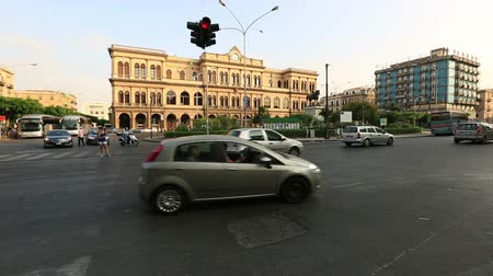 sycylia : Time Lapse Piazza Giulio Cesare With City Traffic at Palermo Sicily Italy Wideo