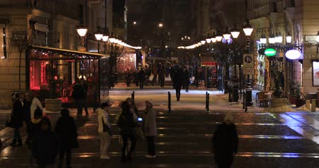 Many people walking in the city. Budapest Hungary. Time lapse Stock mozgókép