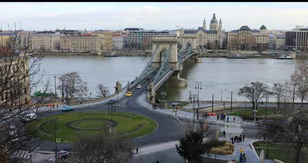 BUDAPEST, HUNGARY - JANUARY 16, 2019: Aerial view of buildings, Danube river and old town in Budapest. City traffic time lapse Wideo