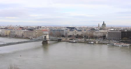 easterner : Aerial view of Chain bridge in Budaperst Hungary at winter time Stock Footage