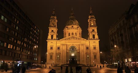 saint stephen : Stefan basilica exterior view at night. Time lapse Stock Footage