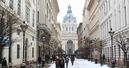 st stephen : Winter view of St. Petersburg. Petersburg. St. St. Stephens Basilica (Cathedral) in the capital of Hungary