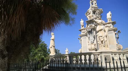 szicília : Monument of Filippo V in Sicily Italy