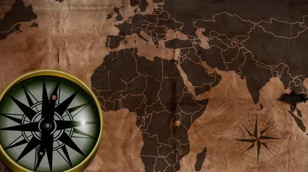 tesouro : old map with a compass needle Stock Footage