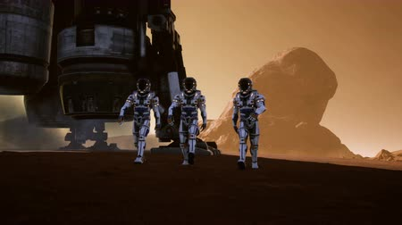 solar : Astronauts walk on the surface of Mars after landing in a rocket. Panoramic landscape on the surface of Mars. Realistic cinematic animation. Stock Footage