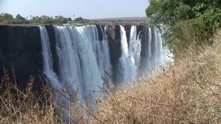 不思議 : Victoria Falls and Gorge with Tumbling White Water, Zambezi River, between Zimbabwe and Zambia, Africa