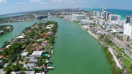 tava : Miami 63 st Bridge & Coast Pan Up Stok Video