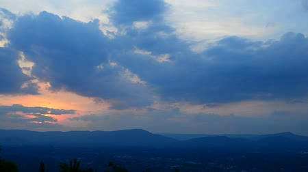 přešel : sunset and clouds over roanoke skyline and valley