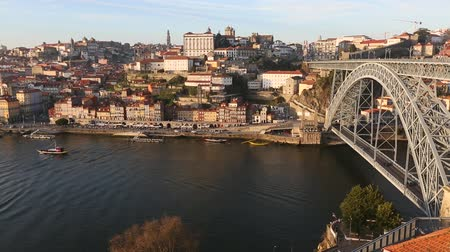 Douro river and Dom Luis I bridge, Porto, Portugal.