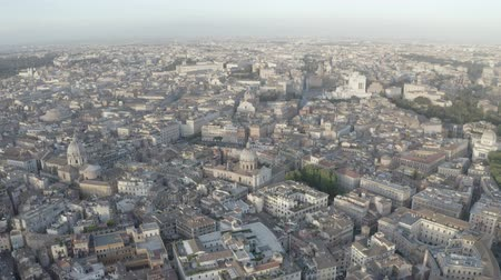 colosseo : Aerial view of Rome, Italy. Coliseum. Drone flying above city center. Birds eye view of Italian ancient city.