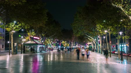 espana : BARCELONA, CATALONIA, SPAIN - AUGUST 2015: Timelapse of Rambla street crowd traffic
