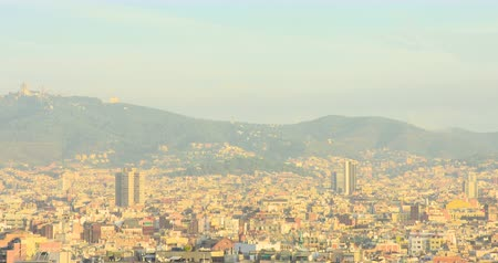 BARCELONA, CATALONIA - JULY 15th 2017: View of Barcelona from above hill. Summer sunny day Vídeos