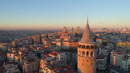 isztambul : Galata tower in Istanbul, Turkie. Aerial drone shot from above, city centre, downtown. Sunset.