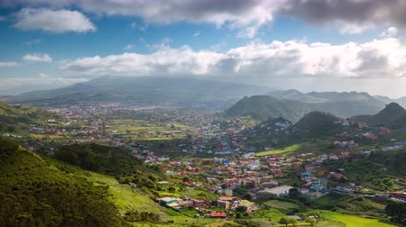 kanarya : Timelapse of a village among the mountains near volcano Teide, Tenerife, Canary Islands