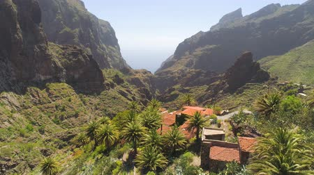kanári : Aerial view of mountain village in Masca canyon from above on Tenerife, Canarias, Spain