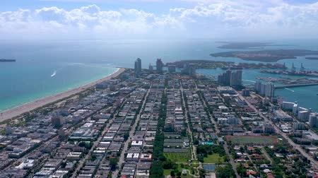 américa do sul : MIAMI, FLORIDA, USA - JANUARY 2019: Aerial drone high panorama view flight over Miami beach city centre.