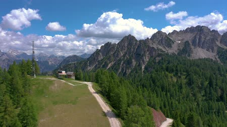 dolomit : Scenic view of the beautiful landscape in the Alps, picturesque nature of Italy, Tarvisio. Aerial drone panorama view.