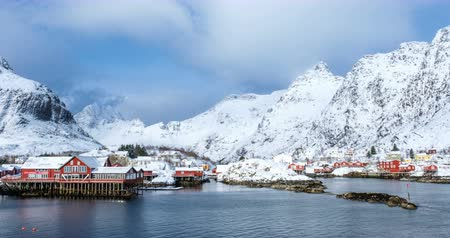 norvégia : A village on Lofoten Islands, Norway timelapse Stock mozgókép