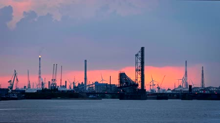 пирс : Port of Antwerp on sunset. Antwerp, Belgium