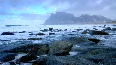 norvég : Beach and waves. Lofoten islands, Norway