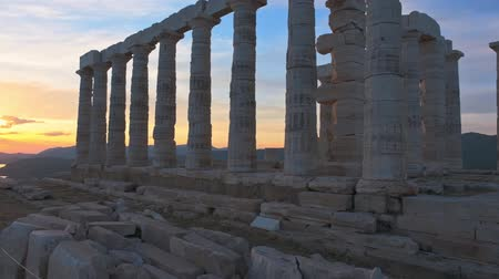 poseidone : Poseidon temple ruins on Cape Sounio on sunset, Greece