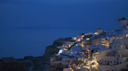 УВР : Famous greek tourist destination Oia, Greece