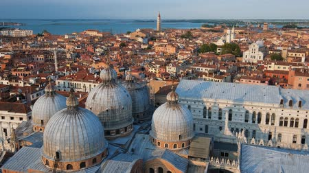 palazzo : Aerial view of Venice with St Marks Basilica and Doges Palace. Venice, Italy Stock Footage