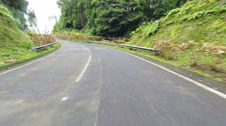 křivky : Fast Driving onto Curved Mountain Road on island Sao-Miguel, Azores