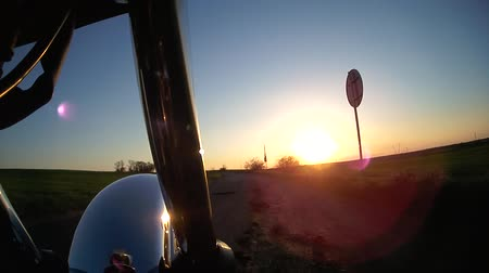 motocykl : Motorcycle while sunset Wideo