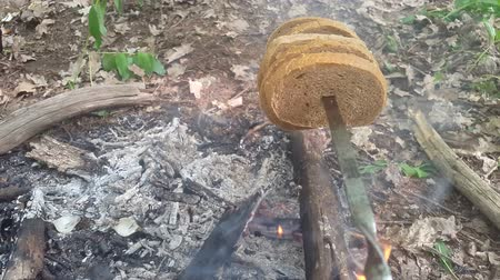 fried stake : Fry bread on the fire in the open air