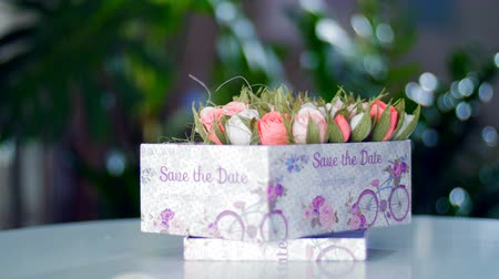 sarıcı : Flower gift for a girl, a woman, a loved one