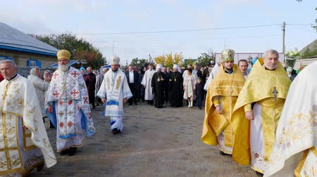 CHERKASY REGION, UKRAINE, OCTOBER 10, 2019: priests meet His Beatitude Metropolitan Epiphany. Preparation for consecration of newly built Church of the Blessed Virgin Assumption Archivo de Video