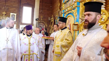 CHERKASY REGION, UKRAINE, OCTOBER 10, 2019: church ceremony. the rite of consecration of newly built Church of the Blessed Virgin Mary Assumption by Metropolitan Epiphany, the head of the united local Ukrainian Orthodox Church Archivo de Video
