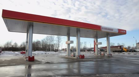 gas : gas station timelapse