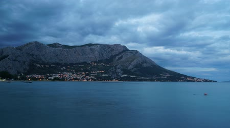 chorvatský : Omis city view in Croatia Time-lapse.