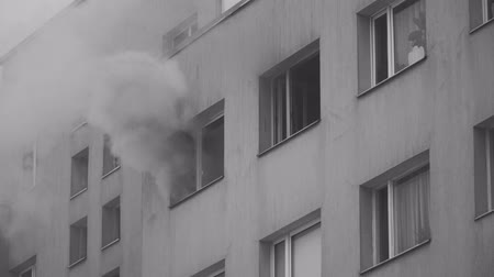 ситуация : The fire in the apartment building.