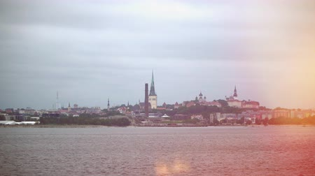 paisagem urbana : Old Tallinn view from the seaside.