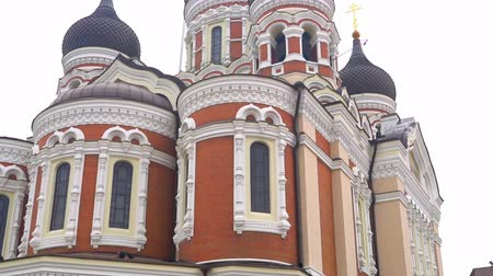 estonya : View of the Alexander Nevsky Cathedral in Tallinn.