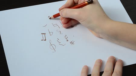 hangjegykulcs : Music notes and signs set. Hand drawn music symbol sketch collection