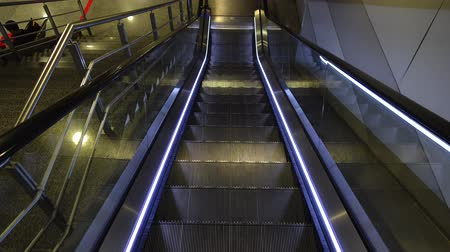perspective : Movement of the escalator. Stock Footage