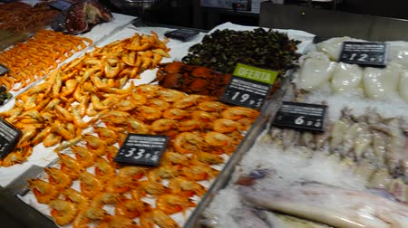 oysters : Seafood in a supermarket. Madrid, Spain.
