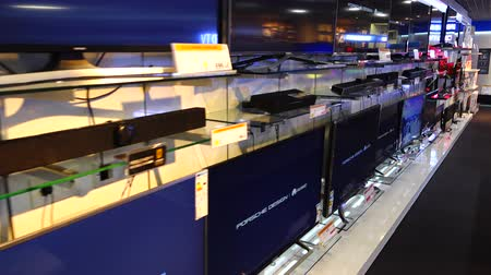 corte : MADRID, SPAIN - MARCH 27, 2018: LCD TVs in the supermarket of shopping center El Corte Ingl?s.