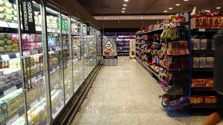 corte : MADRID, SPAIN -APRIL 4, 2018: Food in the supermarket of the shopping center El Corte Ingl