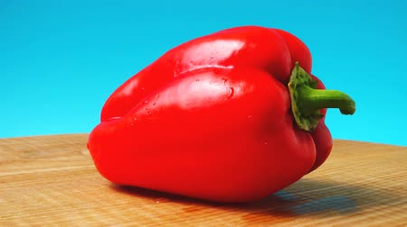 peper : Sweet red pepper. Shooting in the movement. Shooting in kitchen.