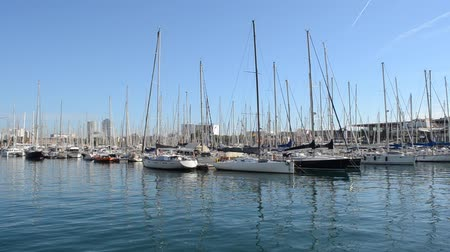 zendmast : Barcelona, ​​?? Port Vell. Stockvideo