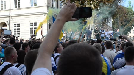 başkan : LVIV, UKRAINE - JULY 22, 2014: Fans of soccer Stok Video